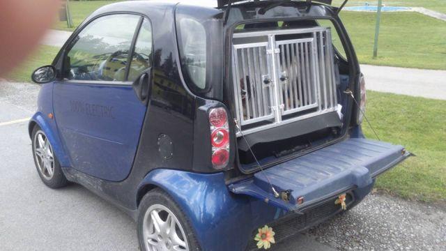 Dvojni alu boks po meri za električen avto.